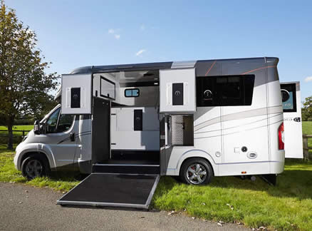 Tatton Eventor 4.25 and 4.5 Tonne Horsebox